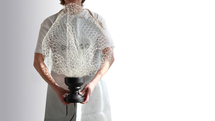 Wire mesh lamp with solid wood base. Unique design. Handmade by Tuscan artisans. All sustainable, all Italian. #eeticoproject