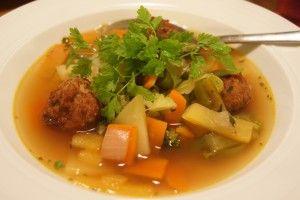 Kjøttbollesuppe med Grønnsaker og Kjørvel-2