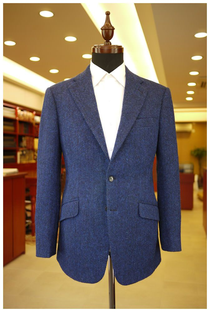 Explore Best Tailor in Bangkok - We offer custom made suits in Bangkok and make your dream suit at quite comfortable price. Just take a tour to our website and find sufficient information upon it.  http://britishcustomtailors-th.com/