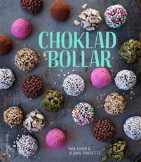 Chokladbollar för alla! Bollarnas boll – det är chokladbollen, det! Så lätta att göra, och dessutom finns ofta ingredienserna man behöver redan hemma. De ska inte ens in i ugnen! Snabbt som ögat har man ett fat oemotståndliga chokladbollar framför sig. Bara att njuta.Men vill du gå ett steg längre än bara de klassiska chokladbollarna så finns här alla möjligheter. Chokladbollar kan nämligen varieras i all oändlighet och i den här boken finns recepten som tar dig en bra bit på väg. De kan…