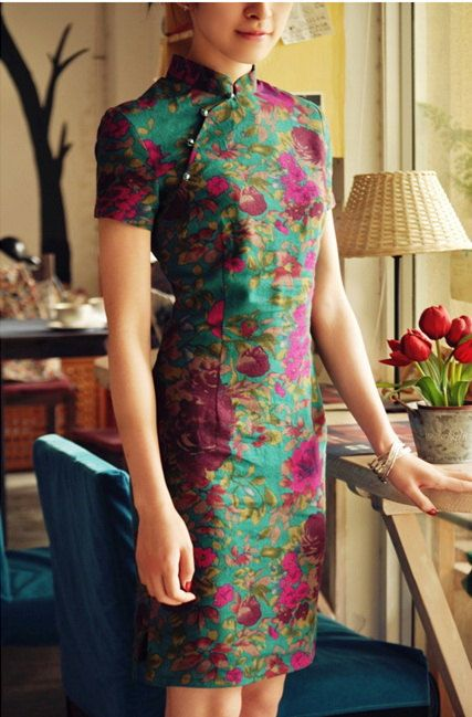 chinese  national  tang suit - Qipao  , linen , several style and color. $33,00, via Etsy.