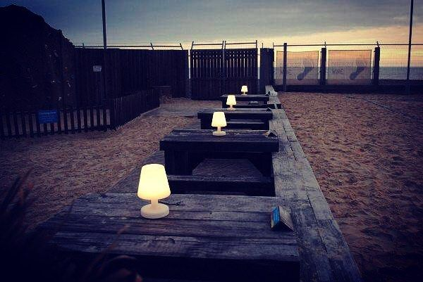 Quest'estate organizzate delle feste in spiaggia... Ad illuminare l'ambiente ci pensano le lampade The Petit: sono senza fili ricaricabili durano da 6 a 24h e possono essere arricchite da simpatiche cover di tantissimi colori!! Venite a scoprirle in negozio!!! #vivereverde #catania #sicilia #designsolution #lights #thepetit #fatboy #cordless #sicily #design #summer #beach #party #sea #ig_sicily #complementidarredo #lampada #festa #spiaggia #outdoor #furniture #arredi #peresterno #igersicilia…