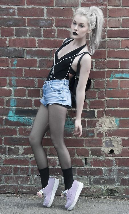 Cute grunge style outfit
