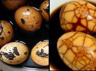Traditional Chinese Tea Eggs by justapinch: Very easy and tasty and the marbled texture is unique pretty. Perfect for picnics or your bag lunch! #Eggs #Tea_Eggs #Picnic