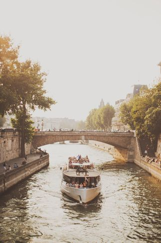 Paris tour boat on the Seine ~~ For more:  - ✯ http://www.pinterest.com/PinFantasy/viajes-parisoh-la-la/