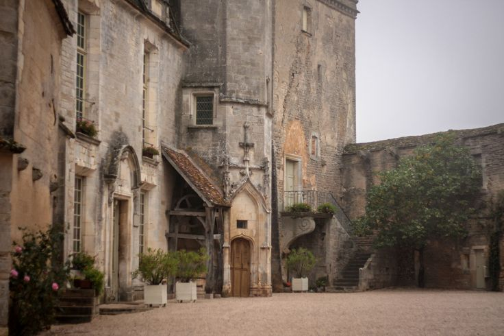 Courtyard of chateau in Chateauneuf-en-Auxois