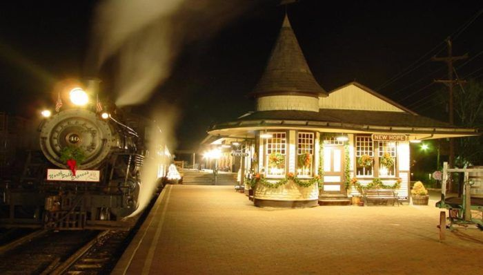 The Magical North Pole Express Train Ride In Pennsylvania Everyone Should Experience At Least Once