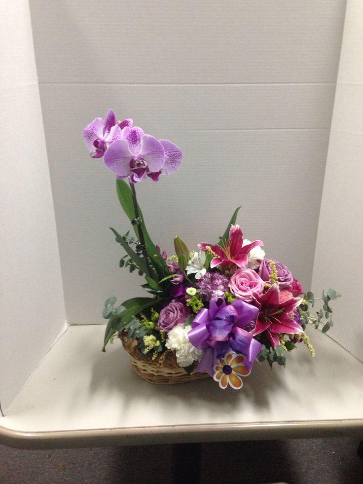 Hermoso arreglo de orquídeas y flores!! Diseño exclusivo de Global Sunflower