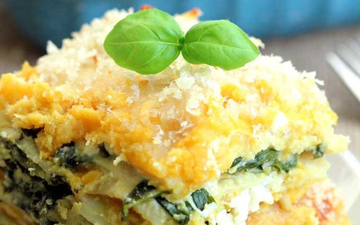 Celebrate seasonal squash with this protein-packed butternut squash and spinach lasagna made from scratch with wholesome ingredients!