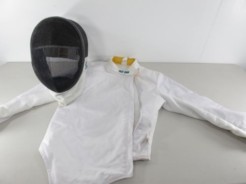 @fencinguniverse : Linea Fencing Gear Child Size Small Fencing Mask and Child Size Medium Jacket  $59.99 End  http://aafa.me/1Ub7ptj http://aafa.me/214rOko