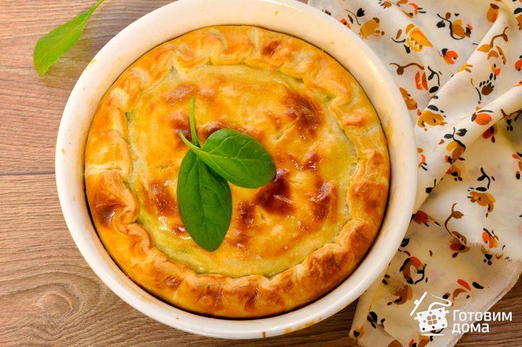 Пирог из слоеного теста с лососем и шпинатом фото к рецепту 11