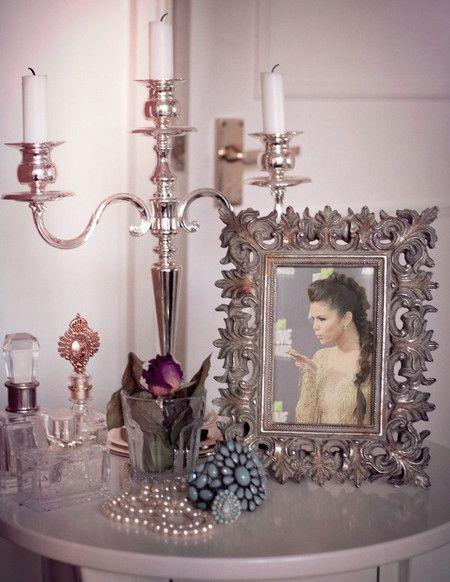 Fotomontaje con candelabro de plata
