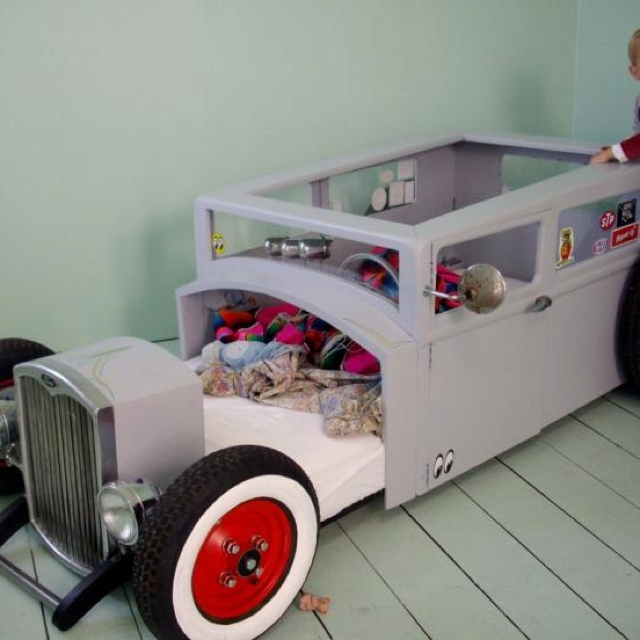 Boys Hot Rod Bed!!!! Love This!