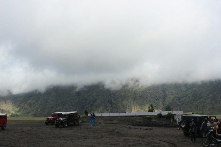 Lautan pasir, Mt. Bromo Probolinggo, Jawa Timur http://goo.gl/VJ0G6r