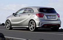 vaya! el nuevo Mercedes Clase A se parece ligeramente al BMW serie 1, no?