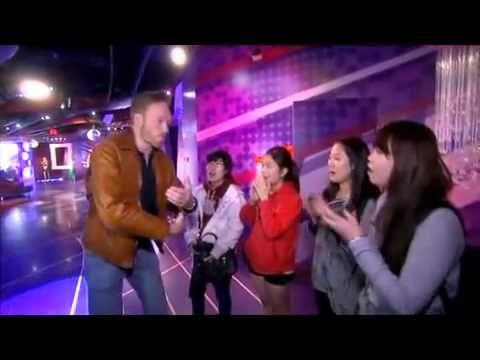 Conan O'brien and Korean Girls - 리액션이 재밌다.