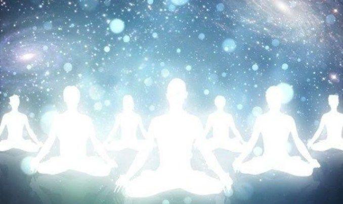 Groupe d'âmes : Comment savoir quand quelqu'un fait partie de votre groupe d'âmes? Tout d'abord, savez-vous ce qu'est un groupe d'âmes? Il s'agit en fait de
