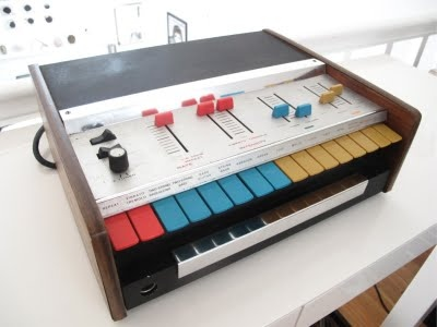 Very colorful guitar synth