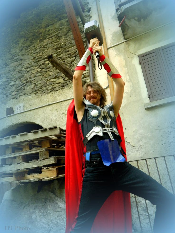 Cose, di Arte: EEEExilles!!! Comics, fantasy and more! thor cosplay