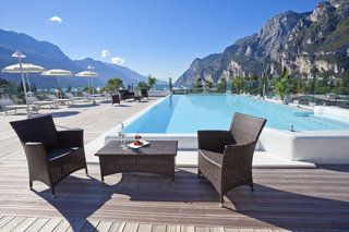 Hotel Kristal Palace - TonelliHotels in Riva del Garda • HolidayCheck | Gardasee, Italien