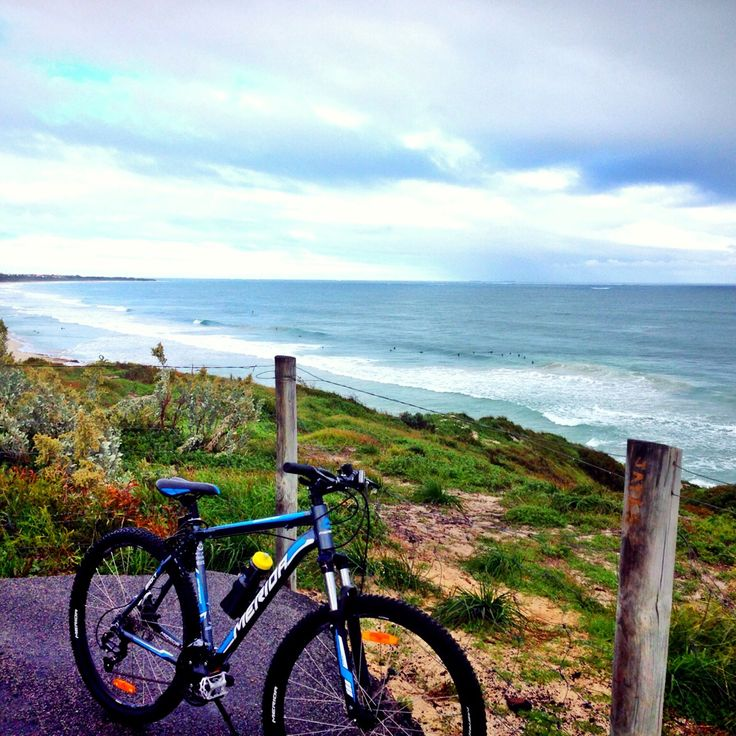 Feelin less squeezed cyclin in the coastal path
