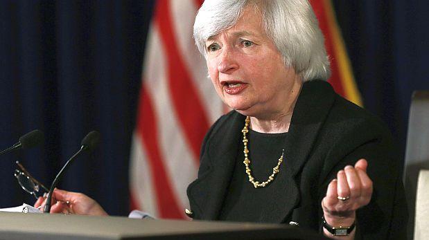 (Reuters) El endurecimiento de las condiciones financieras debido a la caida de los precios de las acciones,la incertidumbre sobre China y la revaloracion de riesgos crediticios podrian descarrilar a la economia de Estados Unidos (EE.UU.), que de otro modo avanza en una sólida senda, dijo la presidenta de la Reserva Federal, Janet Yellen. February 10, 2016.