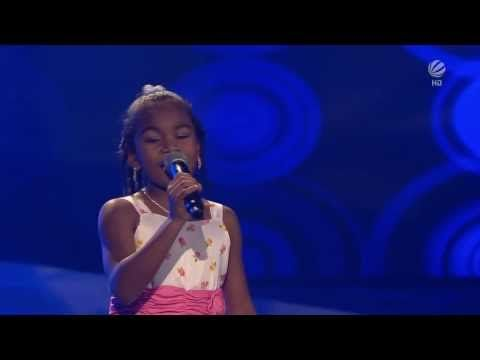 The Voice Kids Germany Chelsea Girl on fire - YouTube