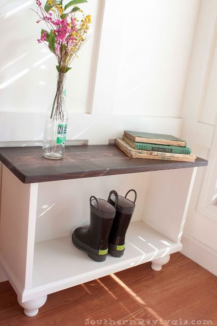 Diy Small Foyer : Southern revivals diy entryway bench for small spaces