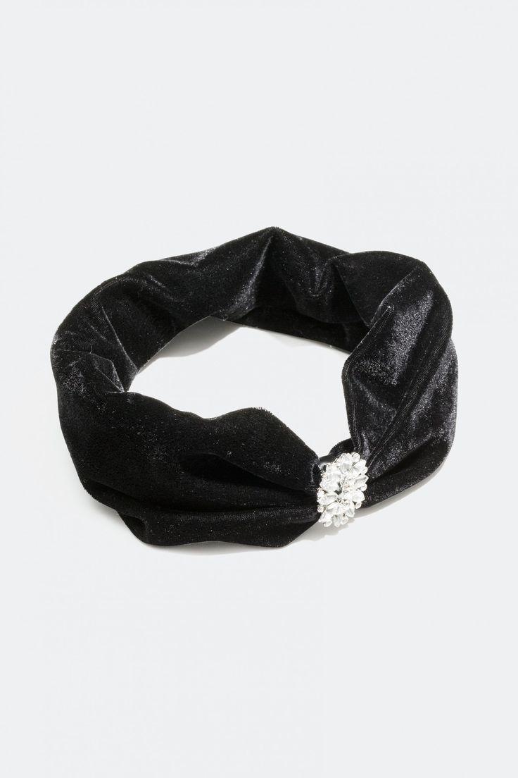 Kjøp en hårbånd i fløyelsimitasjon og plast steiner online i dag, hos Glitter.no!