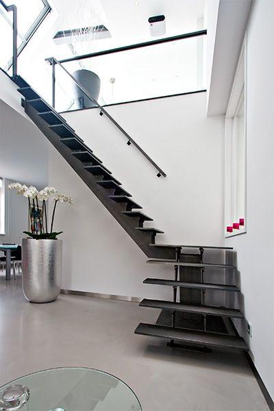 Metalen trap met openboom constructie - Opdrachten in beeld | Paardekooper design & interieur