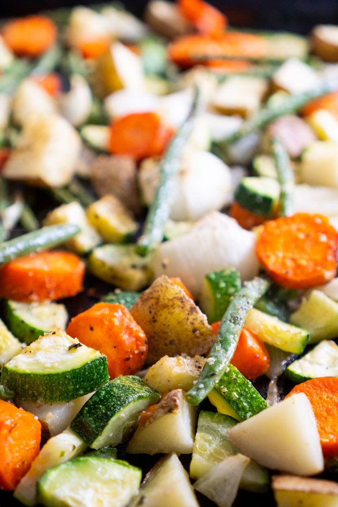 Making Oven Roasted Vegetables is an easy, healthy, and fast way to add flavorfu…   – Happier Homemaker-Recipes