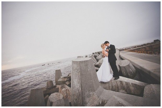 I&D001-southboundbride- grootvlei-staphan-marais-beach-wedding-grey-green