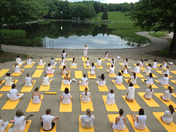 White Yoga. A sample of what's to come to Montreal. We hope you will join our unique White Yoga session this July 28. Sign up at www.lolewomen.com