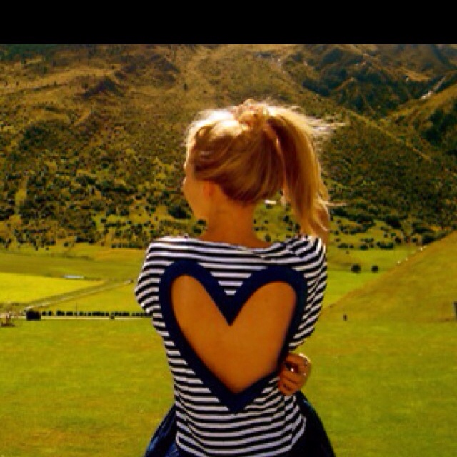 Love thisFashion, Cutout, Heart, Style, Clothing, Old Shirts, Tans Line, Cut Out, Open Back