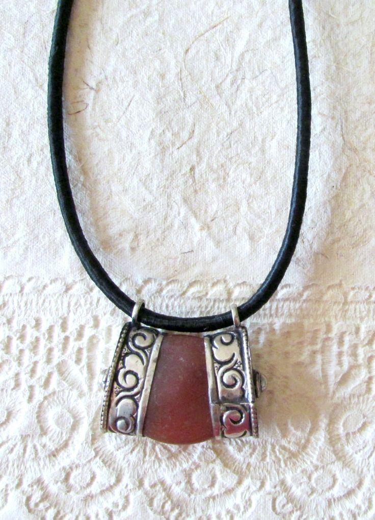 Ethnic Tibetan Pendant, Carneol Stone