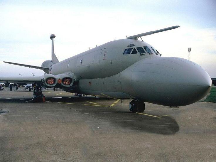 STRANGE MILITARY AIRCRAFT - NIMROD! - HUGE BULBOUS NOSE! RAF PATROL AIRCRAFT