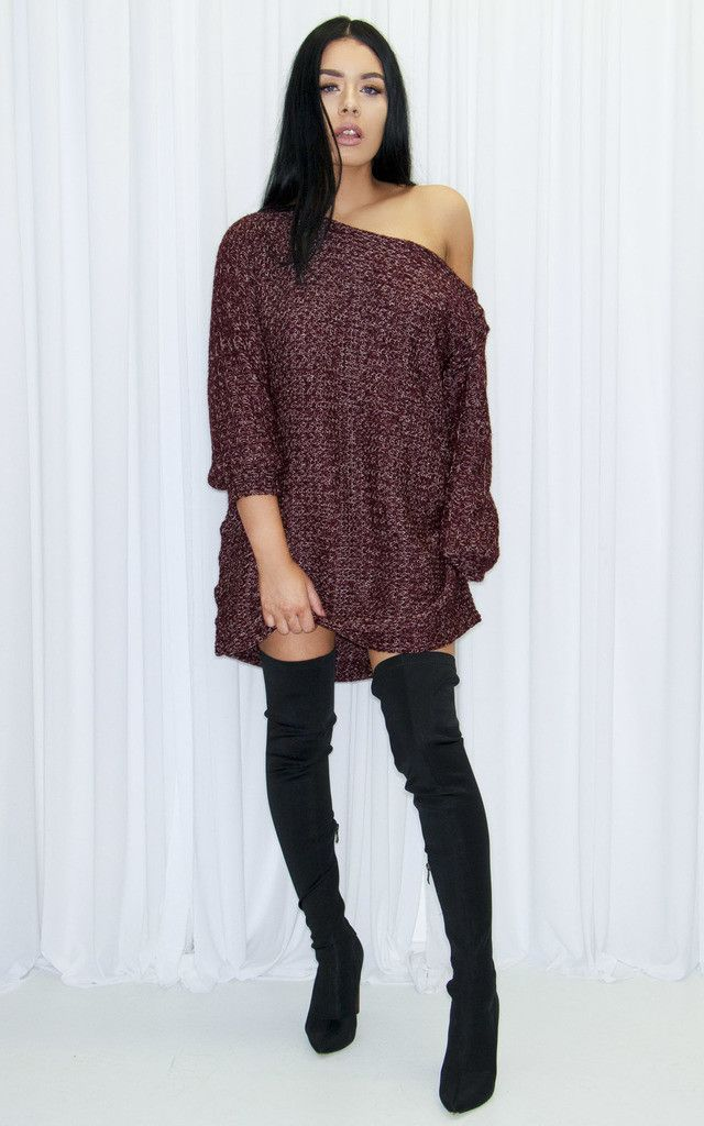 This oversized jumper will look flawless thrown over a pair of jeans or with over the knee boots this AW.