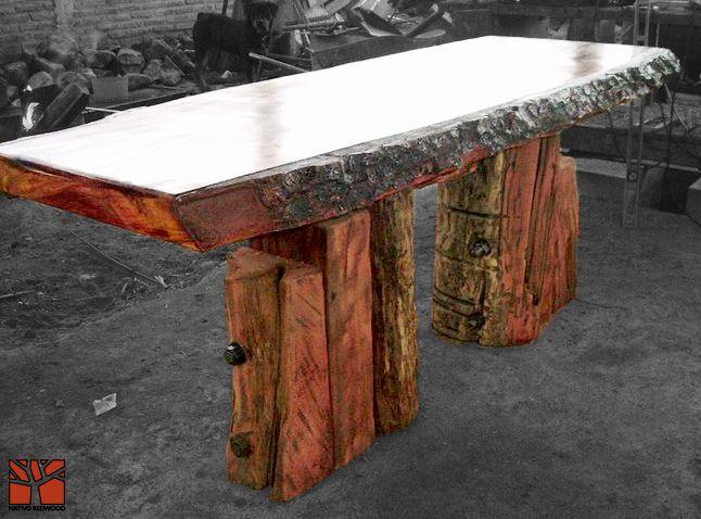 Nativo Redwood. Arrimos de madera roble rústico con cubierta de una pieza con bordes naturales con corteza y base de maderos escalonados.  Dimension: 0.70x2.00x0.90 www.nativoredwood.com www.facebook.com/nativoredwood