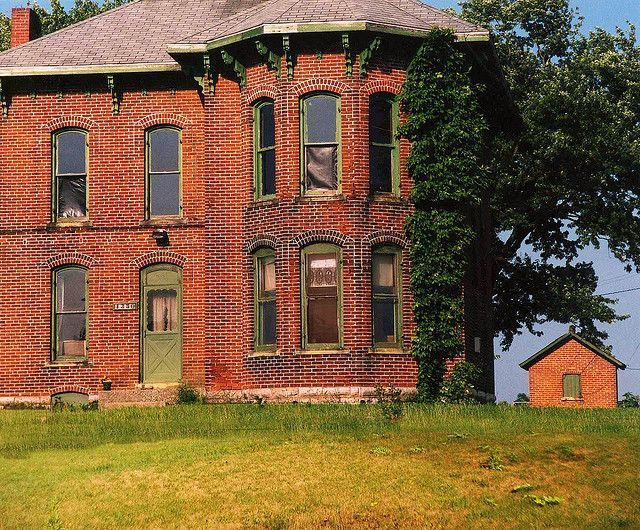 17 best images about haunted homes for sale on pinterest for Italianate homes for sale