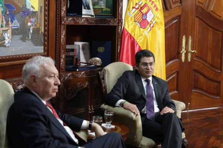 JMinistro de Asuntos Exteriores de España llega a Honduras    José García fue recibido en una base aérea de Tegucigalpa por la viceministra de Relaciones Exteriores, María Agüero. uan Orlando Hernández recibió al ministro de Asuntos Exteriores y Cooperación de España, José Manuel García-Margallo.