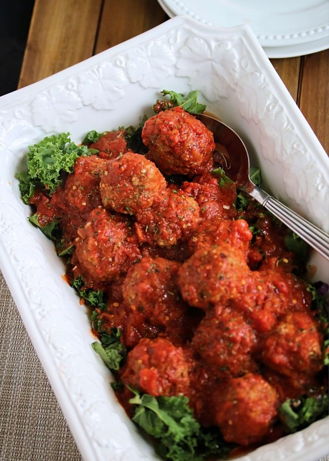 Juicy Whole30 compliant meatballs cooked quick and easy in the Instant Pot smothered in marinara sauce. An easy dinner option and perfect to meal prep!