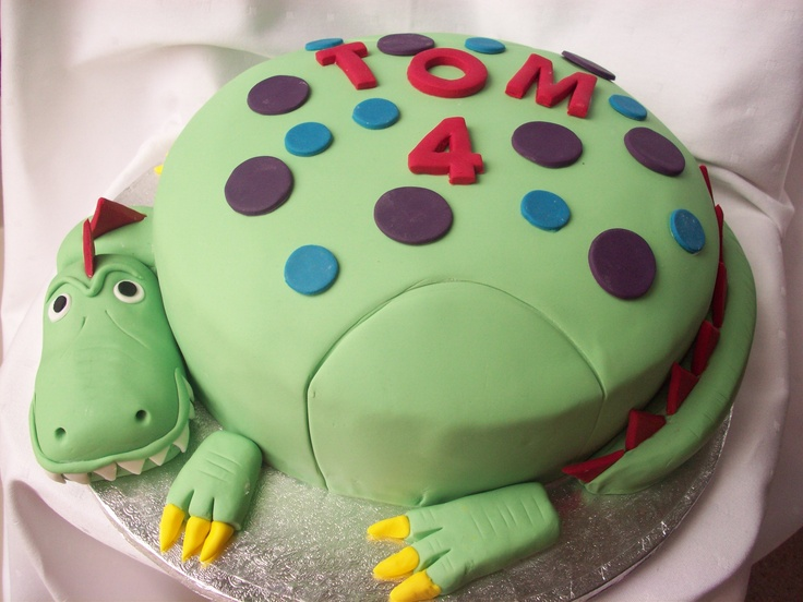 Birthday cake - dragon/dinosaur
