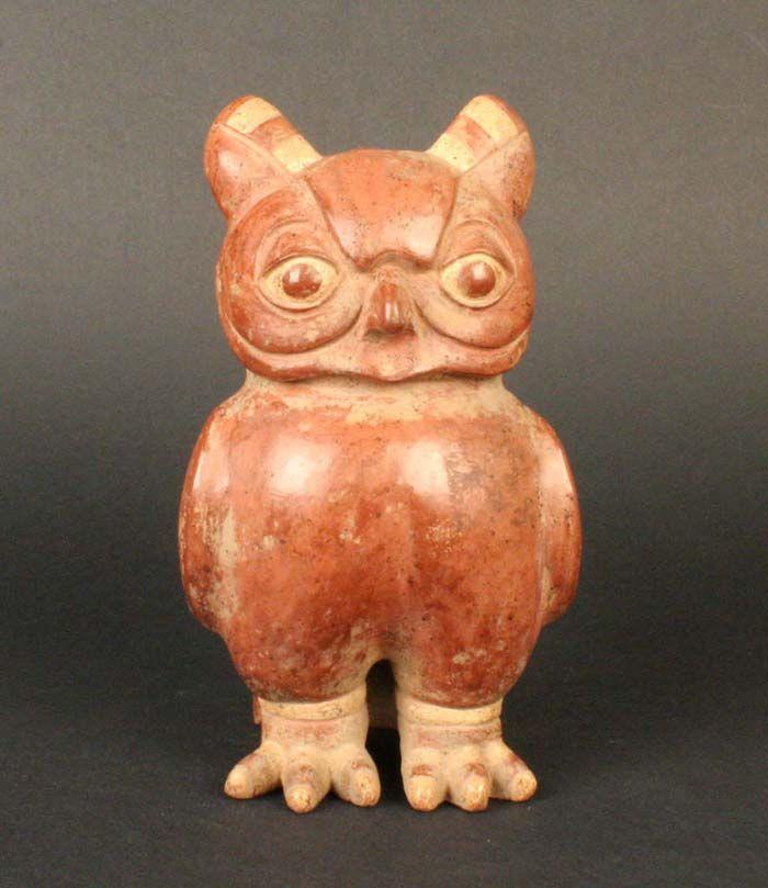 Museo Chileno de Arte Precolombino » Botella asa estribo ornitomorfa: buho