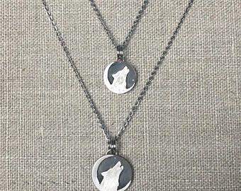 Huilende Wolf halsketting - Wolf en Moon ketting