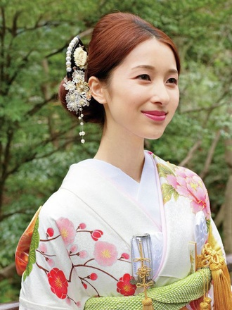 Pretty Japanese Bride in a Lovely White Furisode Kimono with Cherry Blossoms and Peonies