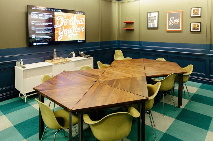 modular meeting room furniture that can be moved around depending on the meeting