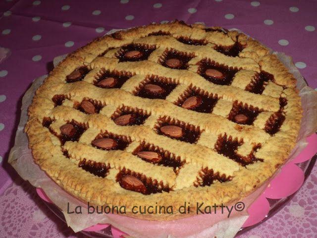 La buona cucina di Katty: Crostata integrale farcita di marmellata di pere e noci
