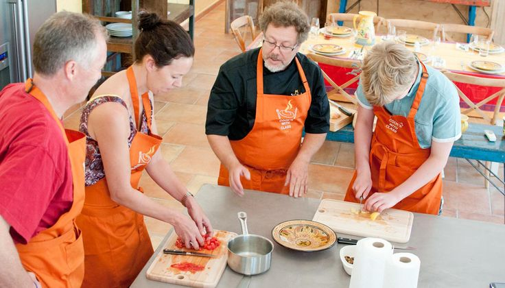 French cooking classes in le Pays d'Uzès, taught in English by a French chef with small class sizes. Market tours in Uzès and Saint Quentin-la-Poterie, wine tasting, hands-on French cookery classes for French food lovers. A taste of Provencal & Mediterranean Cuisine.