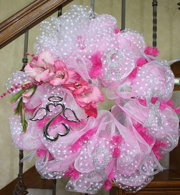 25 b sta id erna om breast cancer wreath p pinterest deco meshkransar och medvetenhet om - Deco bed kind ...