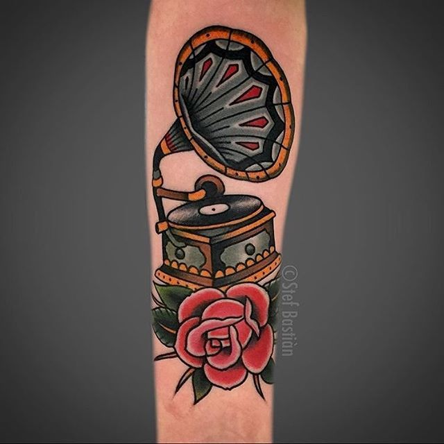 And one for the Music Lovers! By @stef_bastian  For info or bookings pls contact us at art@royaltattoo.com or call us at + 45 49302770 #royal #tattoo #tattoos #royaltattoo #royaltattoodk #stefbastian #music #vinyl #gramophone #gramophonetattoo #traditional #traditionaltattoo #rose #rosetattoo #musiclover #tattooed #tatouage #inspiration #tattooinspiration #tattooreference #reference #ink #art #instadaily #artist